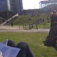 Foto diambil di Vrije Universiteit Brussel Brussels Humanities, Sciences & Engineering Campus oleh Elisa L. pada 3/5/2013