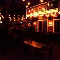 รูปภาพถ่ายที่ Smokin' Tuna Saloon โดย Belch S. เมื่อ 7/22/2013
