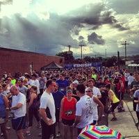 รูปภาพถ่ายที่ NoDa Brewing Company โดย Eric H. เมื่อ 6/7/2013