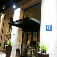 Photo prise au Hotel Miró par Ana S. le12/19/2012