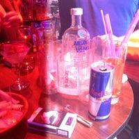 Foto tirada no(a) Kuşadası Club Bar por Camelia S. em 7/7/2013