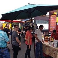 Das Foto wurde bei Jamburritos Cajun Grill Express von ranjampro am 4/18/2014 aufgenommen