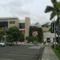 Foto tirada no(a) Mall Multiplaza Pacific por Josafath V. em 10/3/2012