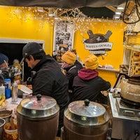 Foto scattata a Union Square Holiday Market da Dave C. il 12/22/2019