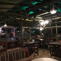 Photo prise au Azmakbasi Camping par Ferhat G. le8/17/2018