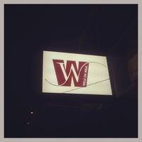 Foto tirada no(a) Wells on Wells por Nicolas T. em 7/11/2013