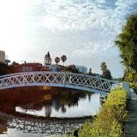7/21/2013 tarihinde Andrea G.ziyaretçi tarafından Venice Canals'de çekilen fotoğraf