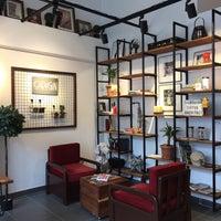 Photo prise au Origin Coffee&Shop par Didem A. le6/29/2018