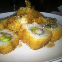 Снимок сделан в Sushi Co пользователем Jessi L. 3/17/2013