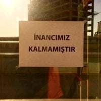 Foto tirada no(a) Ayık 24 Kadıköy por Ebru . em 12/13/2019