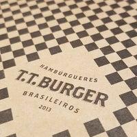 Foto tirada no(a) T.T. Burger por Rafael C. em 11/17/2017