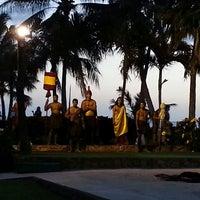 3/7/2013 tarihinde Todd S.ziyaretçi tarafından Paradise Cove Luau'de çekilen fotoğraf