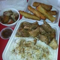 Foto scattata a Edna's Restaurant da Todd S. il 5/10/2013