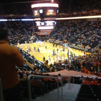 Foto diambil di Thompson-Boling Arena oleh Hugh A. pada 2/27/2013