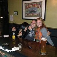 Foto diambil di The Monro Pub oleh alison c. pada 10/11/2012