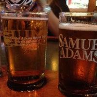Foto tomada en Bru's Room Sports Grill - Delray Beach por Annie T. el 10/4/2012