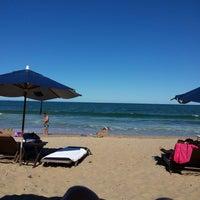 Foto tirada no(a) Deck Da Praia por Giselle R. em 12/18/2013