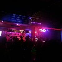 Das Foto wurde bei Club Cadde von Buğra A. am 12/8/2012 aufgenommen