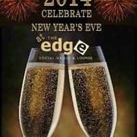1/1/2014 tarihinde The Edge Social Grille & Loungeziyaretçi tarafından The Edge Social Grille & Lounge'de çekilen fotoğraf