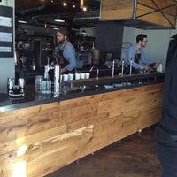 Foto tomada en Corvus Coffee Roasters por Randy el 1/11/2014