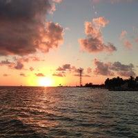 2/6/2013 tarihinde Scott B.ziyaretçi tarafından Southernmost Beach Resort'de çekilen fotoğraf