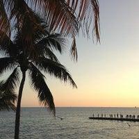 2/5/2013 tarihinde Scott B.ziyaretçi tarafından Southernmost Beach Resort'de çekilen fotoğraf