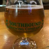 Foto tirada no(a) Southbound Brewing Company por Dale W. em 2/1/2020
