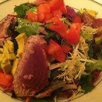 10/6/2012 tarihinde RunFastMamaziyaretçi tarafından Joe's Seafood, Prime Steak & Stone Crab'de çekilen fotoğraf