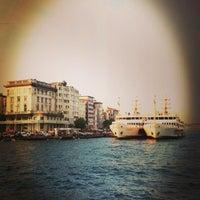 รูปภาพถ่ายที่ Galata On Numara โดย Önder Ü. เมื่อ 6/15/2013