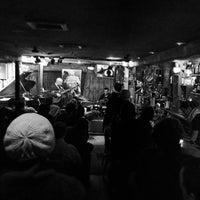 Das Foto wurde bei Smalls Jazz Club von Francesco M. am 2/16/2013 aufgenommen