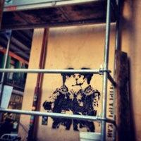 Foto tomada en El Intruso por Elysasg el 11/6/2012