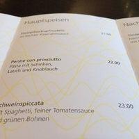 Das Foto wurde bei PLAZA café bistro bar von Fabian N. M. am 7/10/2014 aufgenommen