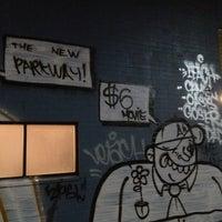 1/7/2013에 Tivon님이 New Parkway Theater에서 찍은 사진