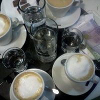 Foto scattata a Bonafide da Gabo D. il 10/8/2012