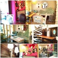 4/7/2013 tarihinde Marie Frances L.ziyaretçi tarafından 14 Four Cafe'de çekilen fotoğraf