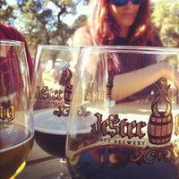 Foto scattata a Jester King Brewery da evan b. il 11/24/2012