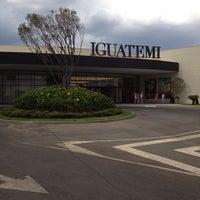 Foto tirada no(a) Shopping Iguatemi por Agnes M. em 10/13/2012