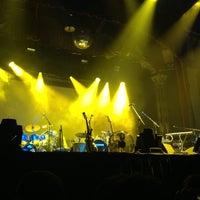 Снимок сделан в Aragon Ballroom пользователем Melissa W. 10/22/2012