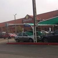 Foto tirada no(a) Portones Shopping por George A. em 7/10/2013