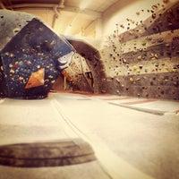 Das Foto wurde bei Boulderkeskus von Samu am 3/25/2012 aufgenommen