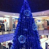 12/13/2012 tarihinde Marta R.ziyaretçi tarafından Centro Commerciale Parco Leonardo'de çekilen fotoğraf