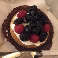 รูปภาพถ่ายที่ The Plaza Food Hall โดย Masumi S. เมื่อ 11/12/2018
