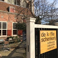 Foto scattata a De Koffieschenkerij da Dani D. il 3/18/2018