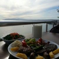10/31/2012 tarihinde Salih P.ziyaretçi tarafından Köfteci İbrahim'de çekilen fotoğraf
