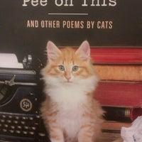 Снимок сделан в Bookshop Santa Cruz пользователем Feral D. 12/6/2012