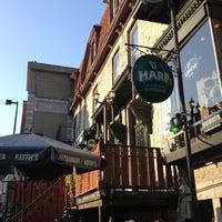 Das Foto wurde bei Hurley's Irish Pub von John P. am 10/26/2012 aufgenommen