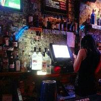 รูปภาพถ่ายที่ Snafu Bar โดย John P. เมื่อ 3/4/2013