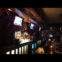 Photo prise au Norman's Tavern par Ivy B. le11/1/2012