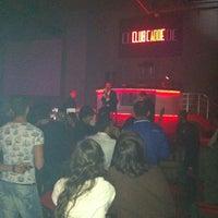 Das Foto wurde bei Club Cadde von Sybtmz am 12/8/2012 aufgenommen