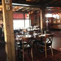 Photo prise au Red Stag Supperclub par Evan W. le3/3/2013
